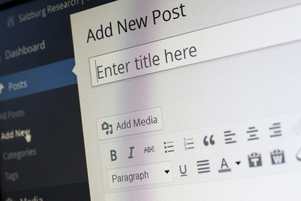 How to Achieve Success in Blogging in 2021